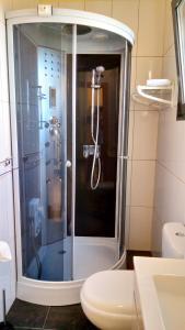 Angels Inn Paradise-Flat 2, Apartments  Fajã da Ovelha - big - 4