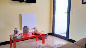 Angels Inn Paradise-Flat 2, Apartmanok  Fajã da Ovelha - big - 6