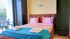 Angels Inn Paradise-Flat 2, Apartmanok  Fajã da Ovelha - big - 7