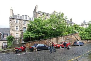 Idyllic Calton Hill Cottage, Ferienwohnungen  Edinburgh - big - 29