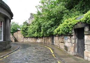 Idyllic Calton Hill Cottage, Apartmanok  Edinburgh - big - 10
