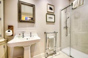 3 Bed City Centre Flat, Apartmány  Edinburgh - big - 43