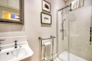 3 Bed City Centre Flat, Apartmány  Edinburgh - big - 42