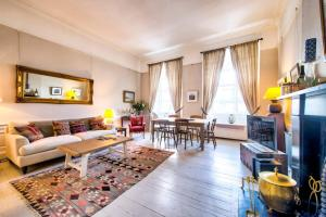3 Bed City Centre Flat, Apartmány  Edinburgh - big - 1