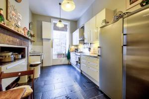 3 Bed City Centre Flat, Apartmány  Edinburgh - big - 39