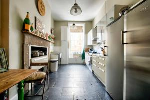 3 Bed City Centre Flat, Apartmány  Edinburgh - big - 36