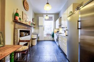 3 Bed City Centre Flat, Apartmány  Edinburgh - big - 15