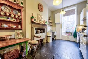 3 Bed City Centre Flat, Apartmány  Edinburgh - big - 14