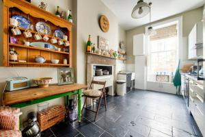 3 Bed City Centre Flat, Apartmány  Edinburgh - big - 5