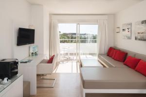 Aequora Lanzarote Suites, Hotely  Puerto del Carmen - big - 38