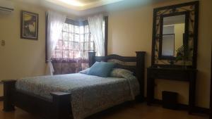 La Villa Río Segundo B&B, Bed and breakfasts  Alajuela - big - 2