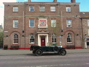 The Londesborough Arms