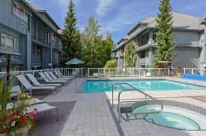 Glacier Lodge Resort - Apartment - Whistler Blackcomb