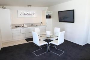 Coromandel Apartments, Apartmánové hotely  Coromandel Town - big - 12