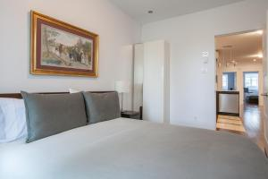 LMVR - The LuxApt 3 -2 floors 7 bedrooms and 2 bathrooms.  Foto 19