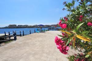Casa Vacanze Catania a colori Blu - AbcAlberghi.com