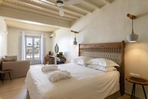 Poseidon Hotel Suites (3 of 66)