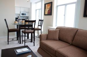 Glen Grove At Maple Leaf, Apartmánové hotely  Toronto - big - 3