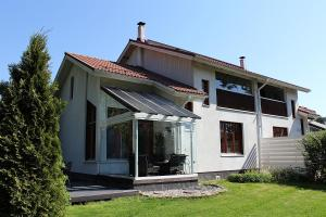 Modern Luxury house (near to Helsinki-Airport)