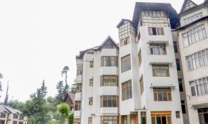 Hotel Manali Palace Height