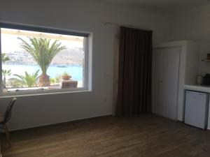 Only yours , Mykonos, Apartments  Paraga - big - 92
