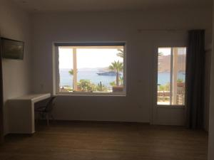 Only yours , Mykonos, Apartments  Paraga - big - 96