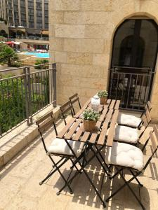 Mamilla's penthouse, Appartamenti  Gerusalemme - big - 28