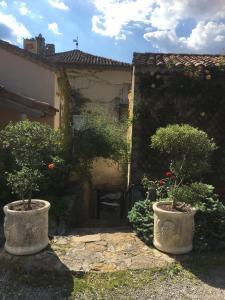 22ed4e0411ec19 Manoir de Champvert - Rentals in Les Vans en Ardèche (07)