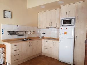 Les Muntades, Apartments  Jorba - big - 19