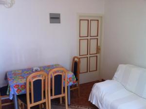 Apartments Jelen, Apartmanok  Dubrovnik - big - 27