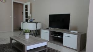 Bicos Beach Apartments AL by Albufeira Rental, Apartmány  Albufeira - big - 143
