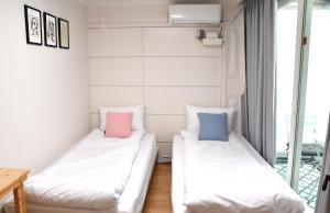 Aiola Hongdae, Хостелы  Сеул - big - 11