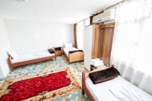 Yellow Rose Pension, Privatzimmer  Canakkale - big - 24
