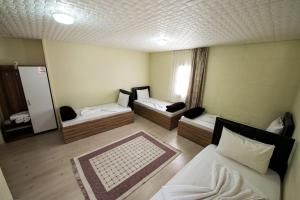 Yellow Rose Pension, Privatzimmer  Canakkale - big - 29