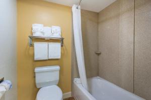 """Номер с кроватью размера """"queen-size"""" – Доступ для гостей с ограниченными физическими возможностями"""