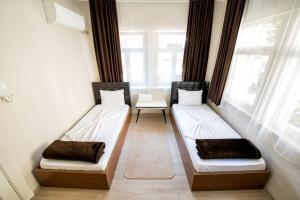 Yellow Rose Pension, Privatzimmer  Canakkale - big - 42