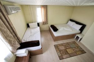 Yellow Rose Pension, Privatzimmer  Canakkale - big - 46