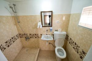 Yellow Rose Pension, Privatzimmer  Canakkale - big - 48