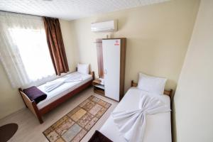 Yellow Rose Pension, Privatzimmer  Canakkale - big - 50