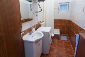 Apartments Ivica, Apartments  Trogir - big - 7