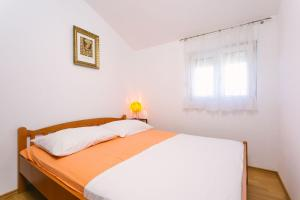 Apartments Ivica, Apartments  Trogir - big - 19