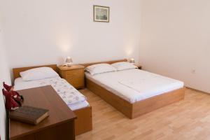 Apartments Ivica, Apartments  Trogir - big - 3