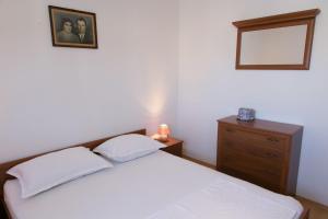 Apartments Ivica, Apartments  Trogir - big - 4
