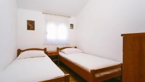 Apartments Ivica, Apartments  Trogir - big - 18