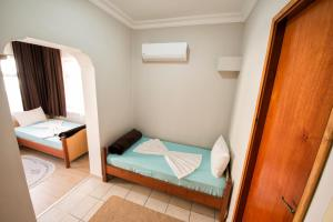 Yellow Rose Pension, Privatzimmer  Canakkale - big - 14