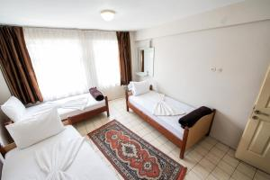 Yellow Rose Pension, Privatzimmer  Canakkale - big - 8