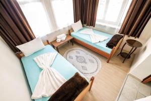 Yellow Rose Pension, Privatzimmer  Canakkale - big - 4