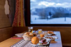 Alpenhotel Flims, Hotel  Flims - big - 10