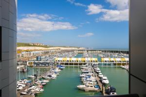 Rethink Serviced Apartments - Brighton Marina