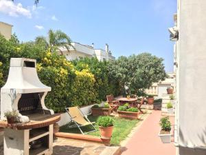 Casa Vacanza Zia Dani, Дома для отпуска  Кастро-ди-Лечче - big - 1